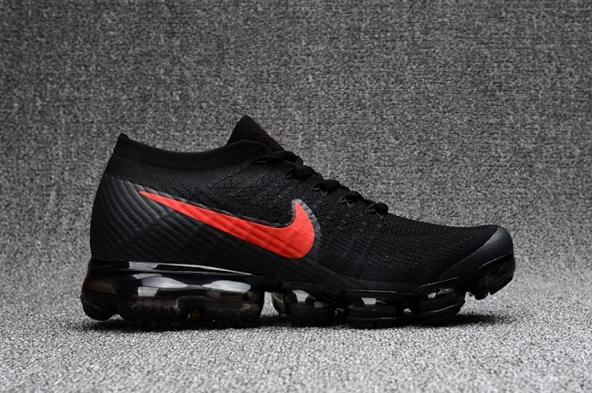 Homme Nike Air Vapormax Flyknit Noir/Rouge · Zoom