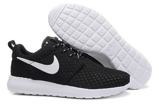 huge selection of 62bff 20028 promo code nike roshe run noir and blanc hommes f11c0 95d55