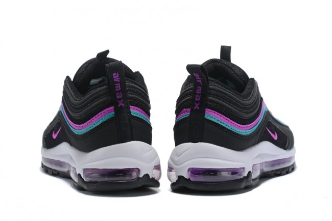 new style 6989a 489c0 Femme Nike Air Max 97 Noir Pourpre · Zoom